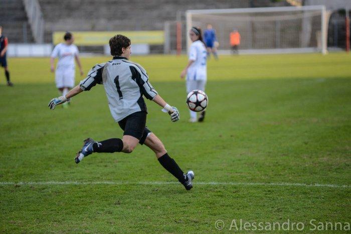 Torres 2 - 0 Napoli CF